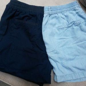 Bundle of 2 Joe Fresh shorts size 6, medium